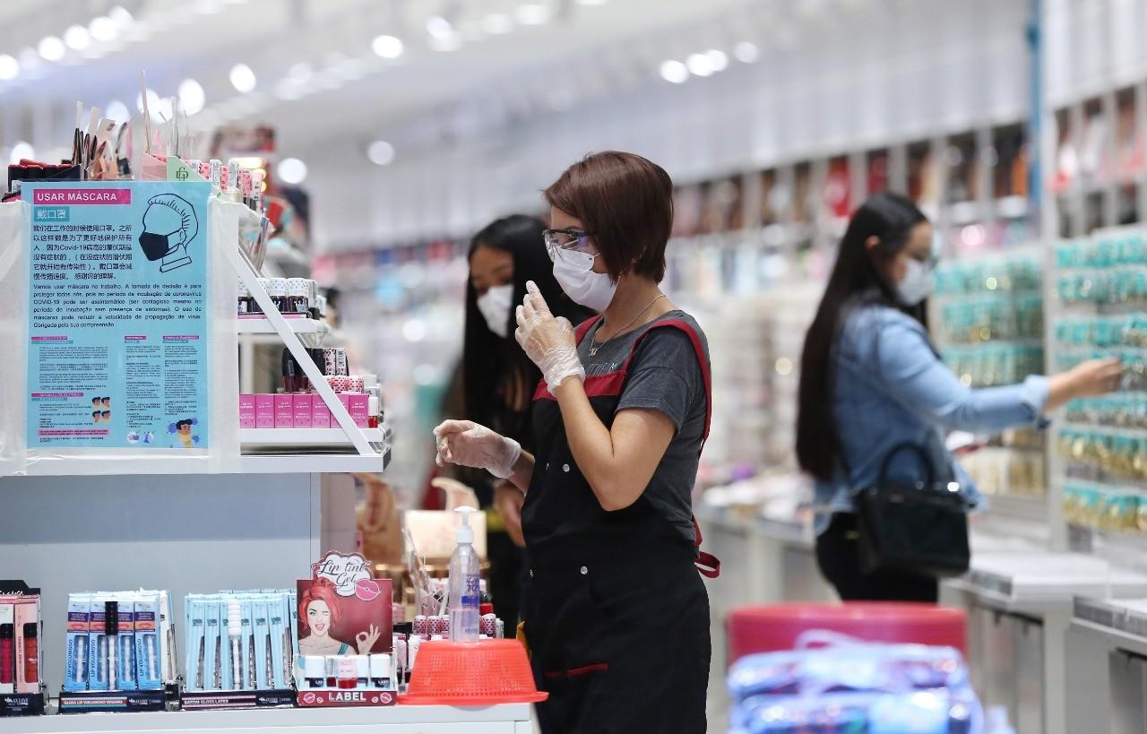 Estabelecimentos comercias podem funcionar no Dia das Mães, em Curitiba; confira