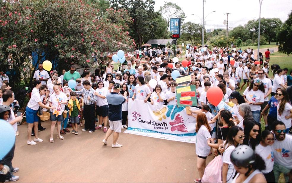 3ª CaminhaDown em Brasília, no Parque da Cidade — Foto: Little Things Photo/Divulgação