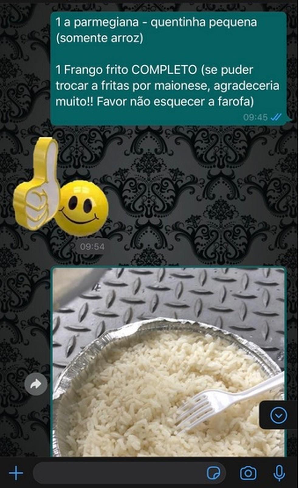 O pedido do frango à parmegiana com o acompanhamento apenas de arroz — Foto: Lucas Duarte/ Redes sociais