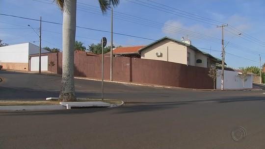 Empresário preso em Barra Bonita pediu ajuda para colocar trator roubado em caminhonete, diz polícia