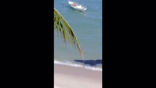 Novas manchas de óleo aparecem na Barra de São Miguel, AL