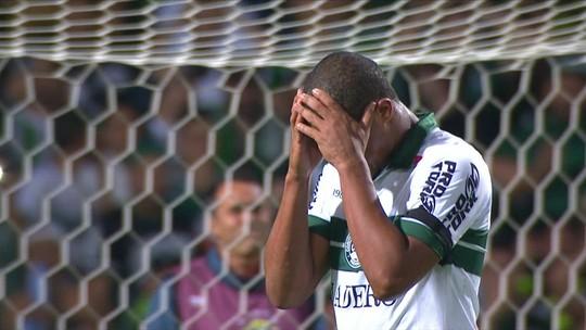 Após dois pênaltis perdidos por Rodrigão, Wilson volta a ser o batedor oficial no Coritiba
