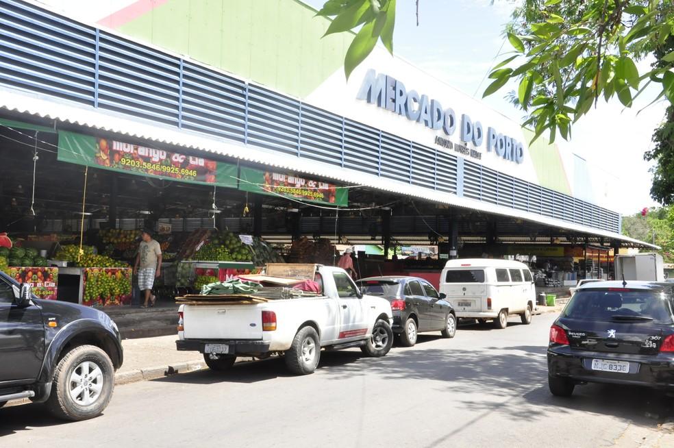 Mercado do Porto em Cuiabá precisa de reforma — Foto: Rayane Alves/G1