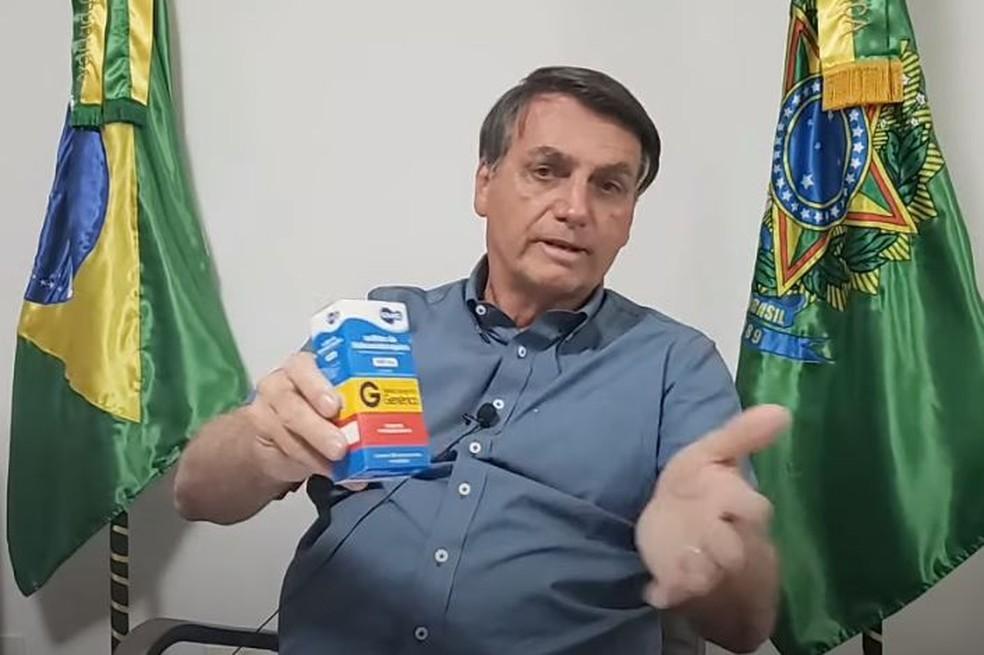 Bolsonaro recomenda uso de cloroquina contra Covid-19 em vídeos do YouTube — Foto: Reprodução/YouTube