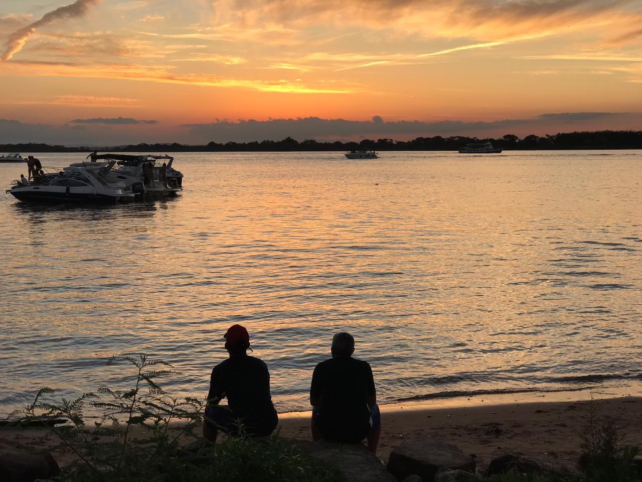 Garoto de 21 anos se afoga e desaparece nas águas do Guaíba, em Porto Alegre  - Noticias
