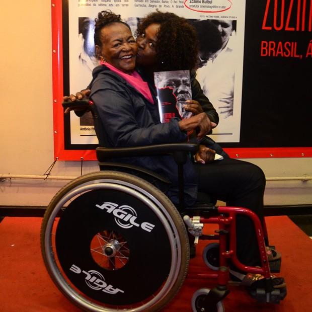Ruth de Souza e Zezeh Barbosa (Foto: Webert Belicio/AgNews)