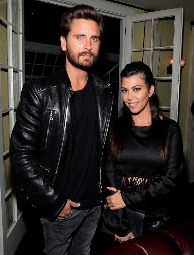 Kourtney Kardashian e Scott Disick (Foto: Grosby Group)