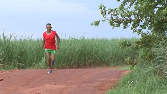 Ex-cortador de cana tem história mostrada na TV e vai à São Silvestre
