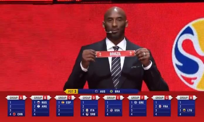 Que vacilo, Kobe: sorteio da Copa do Mundo foi péssimo para o Brasil  — Foto: Reprodução