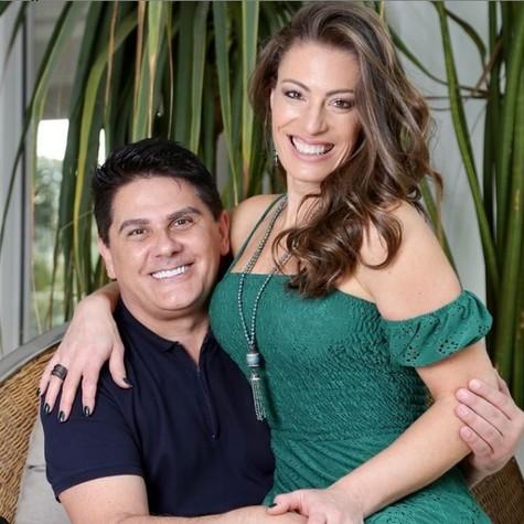 César Filho e Elaine Mickely (Foto: Reprodução)