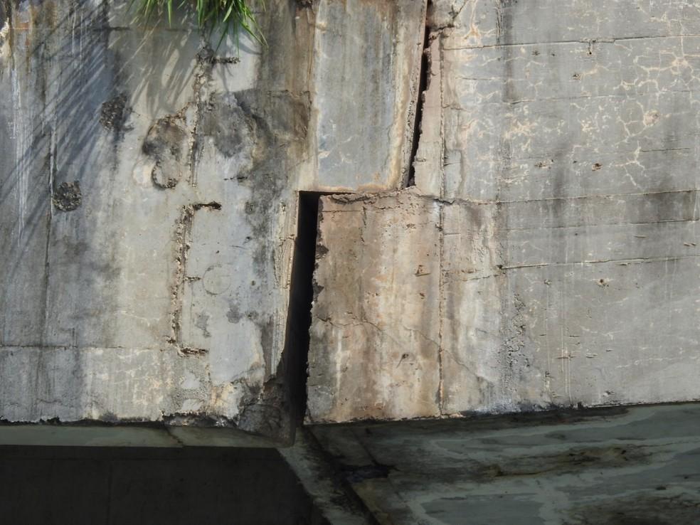 Foto detalha problema estrutural na ponte de Porto Nacional — Foto: Ademir dos Anjos/Divulgação