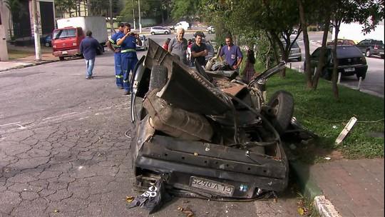 Trânsito de SP mata nove jovens em dois acidentes em menos de um dia