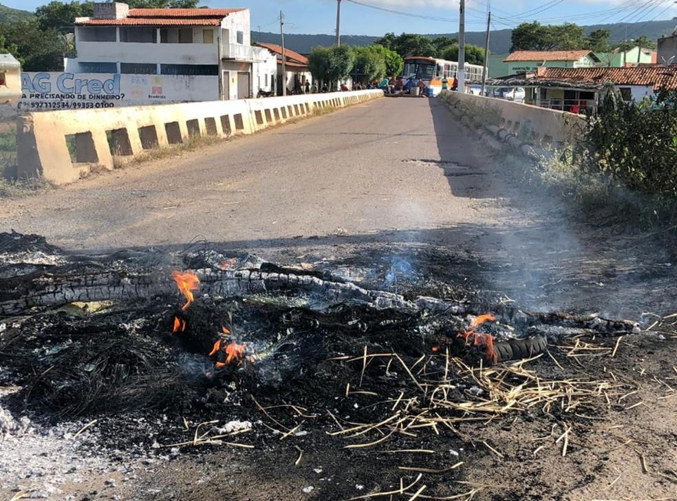 Ponte está localizada no distrito de Ipaguaçu Mirim, distrito do município de Massapê. — Foto: Matheus Ferreira/TV Verdes Mares