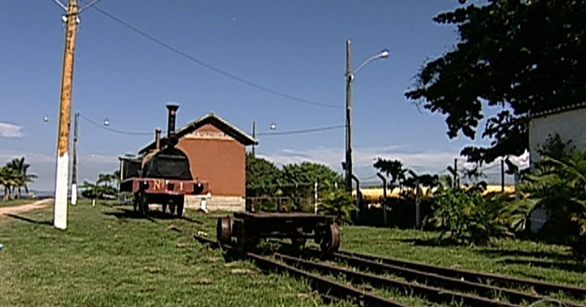 Resultado de imagem para Primeira Ferrovia do Brasil