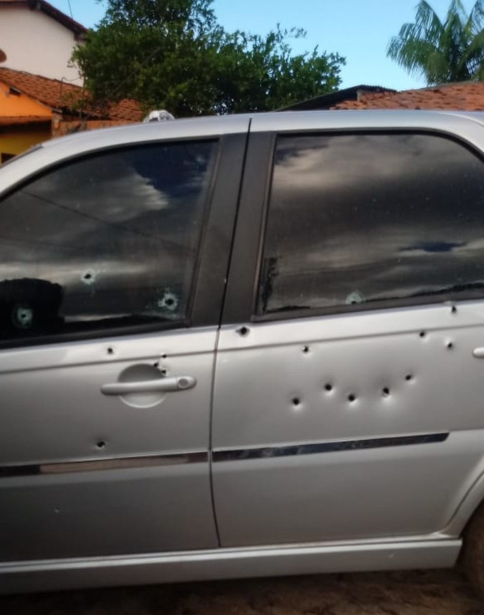 Tiroteio ocorreu na manhã deste domingo (9) e cinco pessoas morreram.  — Foto: Divulgação
