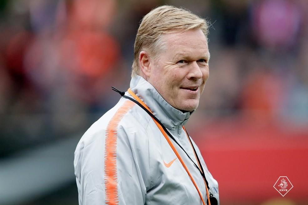 Ronald Koeman estava trabalhando como técnico da seleção da Holanda — Foto: Reprodução / Twitter
