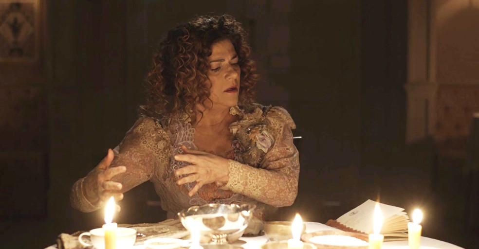 """Agatha só pensa em """"prender"""" Brandão ??? (Foto: TV Globo)"""