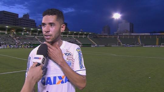 Renato lamenta pênalti perdido, mas valoriza triunfo do Avaí em Campinas