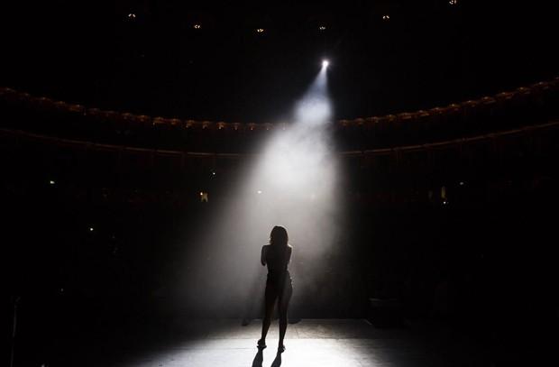 Anitta em Londres (Foto: Marcelo Hallit/Divulgação)