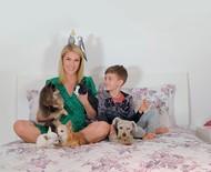 Celebridades contam como tem sido passar mais tempo em casa com os pets