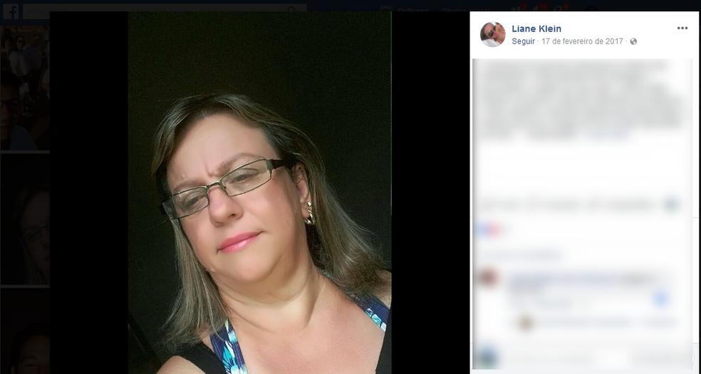 Liane Antônia Klein Rezende, de 48 anos, era professora da rede municipal (Foto: Facebook/ Reprodução)
