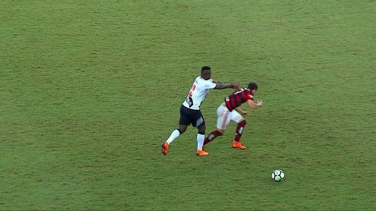 Vasco consegue efeito suspensivo, e Breno fica liberado para enfrentar o Fluminense