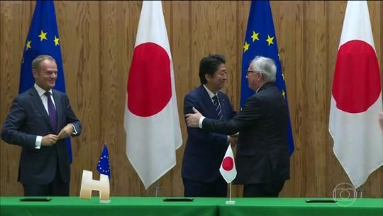 União Europeia e Japão assinam um dos maiores acordos de livre-comércio do mundo