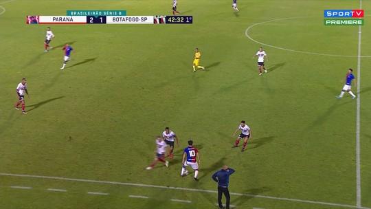"""Em seu último jogo pelo Paraná, Matheus Anjos faz bonito com """"fábrica de canetas"""""""