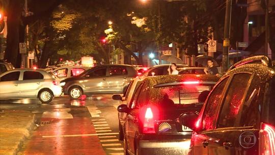 Kalil admite falha na operação do trânsito durante temporal desta quarta em BH