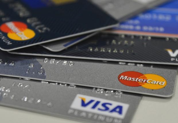 Cartão de crédito ; cartões de crédito ; crédito rotativo ; inadimplência ; juros ;  (Foto: Marcello Casal Jr/Agência Brasil/Arquivo)