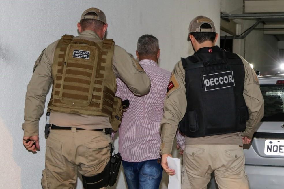 Operação Cavalo de Troia cumpriu dois mandados de prisão contra vereadores do Conde, cidade do Litoral Sul da Paraíba — Foto: Divulgação/Polícia Civil