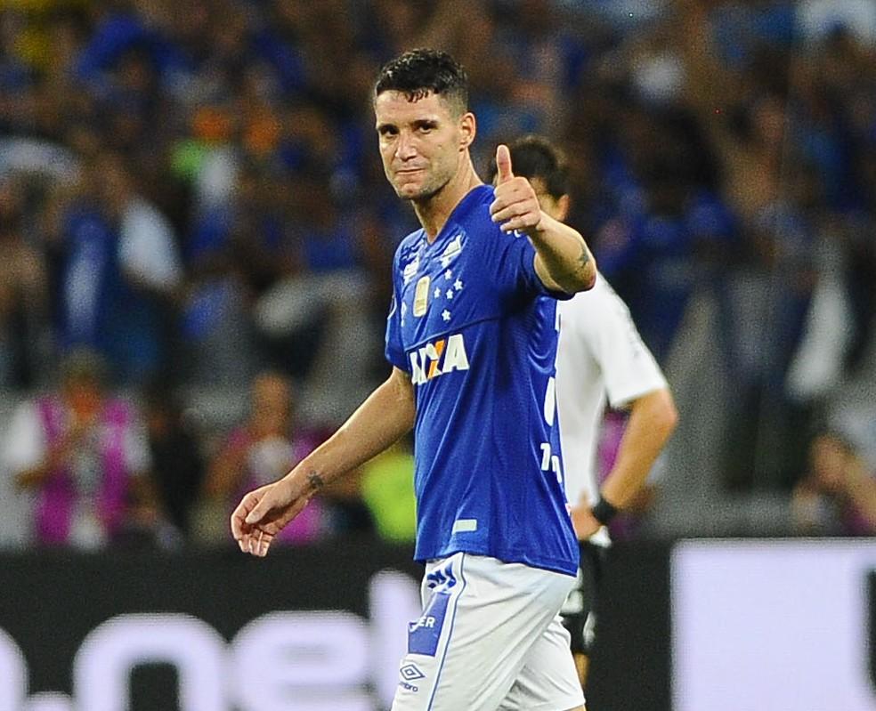 Artilheiro do Cruzeiro em 2018, Thiago Neves já encaminhou acordo com o Grêmio — Foto: Marcos Ribolli