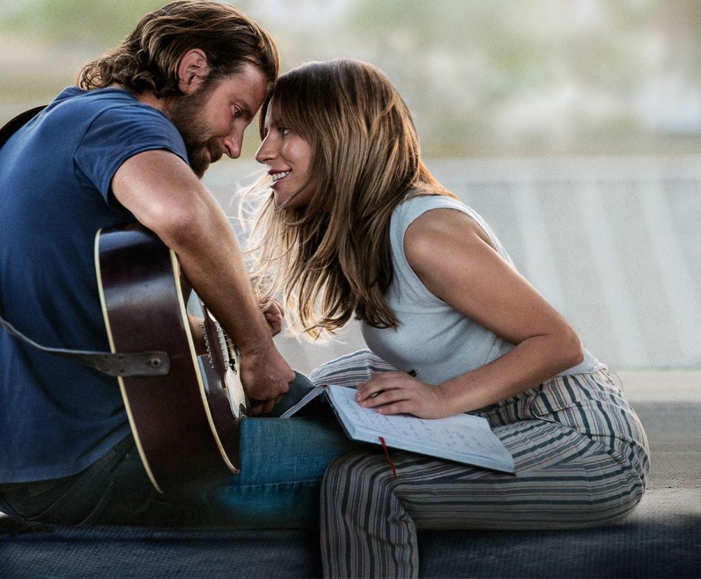 Bradley Cooper e Lady Gaga em cena de 'Nasce uma estrela' — Foto: Divulgação