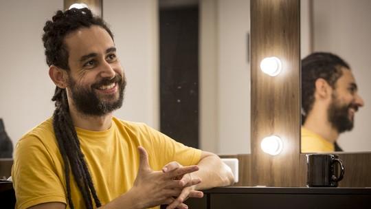 Paulo Verlings mostra nova faceta ao interpretar traficante em 'Vidas Brasileiras': 'Não tem espaço para humor'
