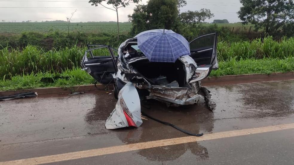 Casal de namorados morre em acidente quando voltava de velório em Mato Grosso — Foto: Portal Sorriso