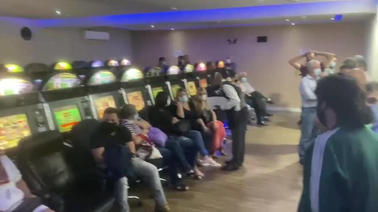 Bingo clandestino lotado é fechado em SP