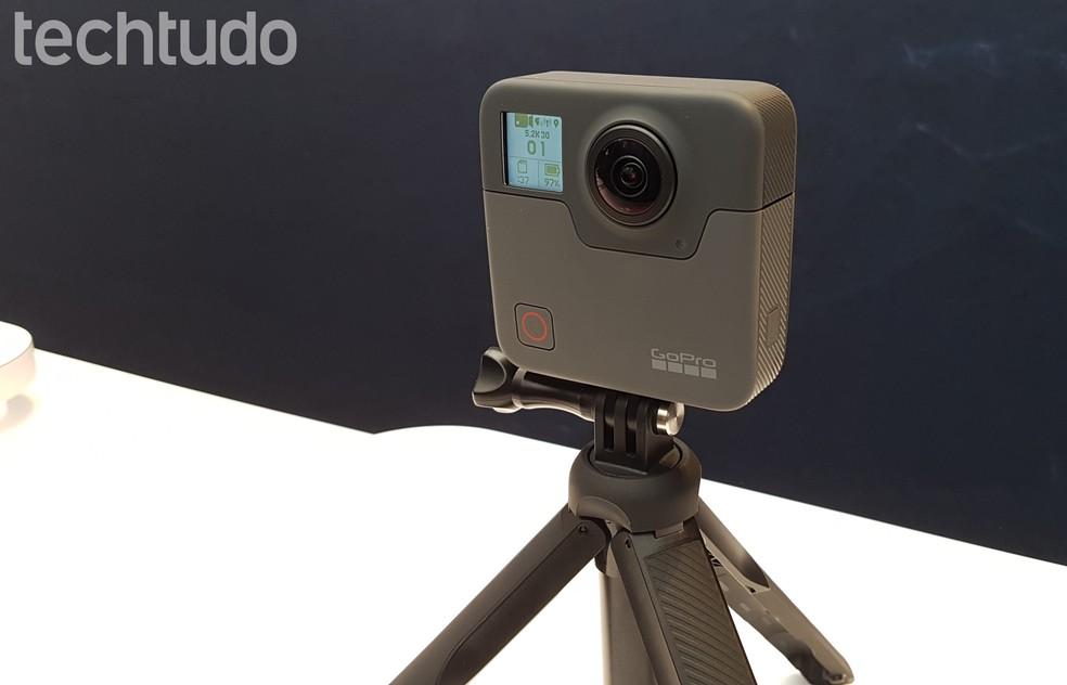 GoPro Fusion: câmera captura imagens em 360º e é à prova D'água (Foto: Viviane Werneck/TechTudo)