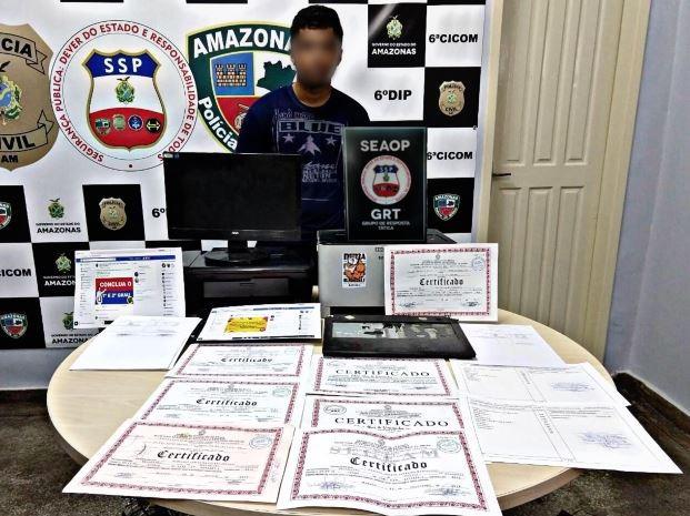 Jovem é preso suspeito de falsificar certificados escolares da rede estadual do AM