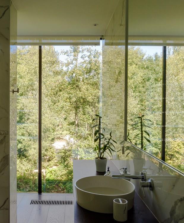 Casa que flutua: banheiro (Foto: María Barricart/Mecanoo/Reprodução)