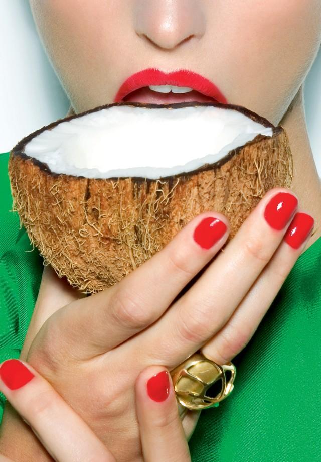 Coco entra na dieta em diversas formas (Foto: Renam Christofoletti/Arquivo Vogue)