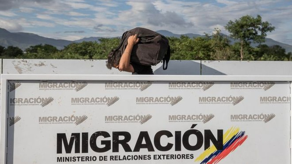 É preciso buscar mais transparência no governo, diz chavista — Foto: FABIOLA FERRERO