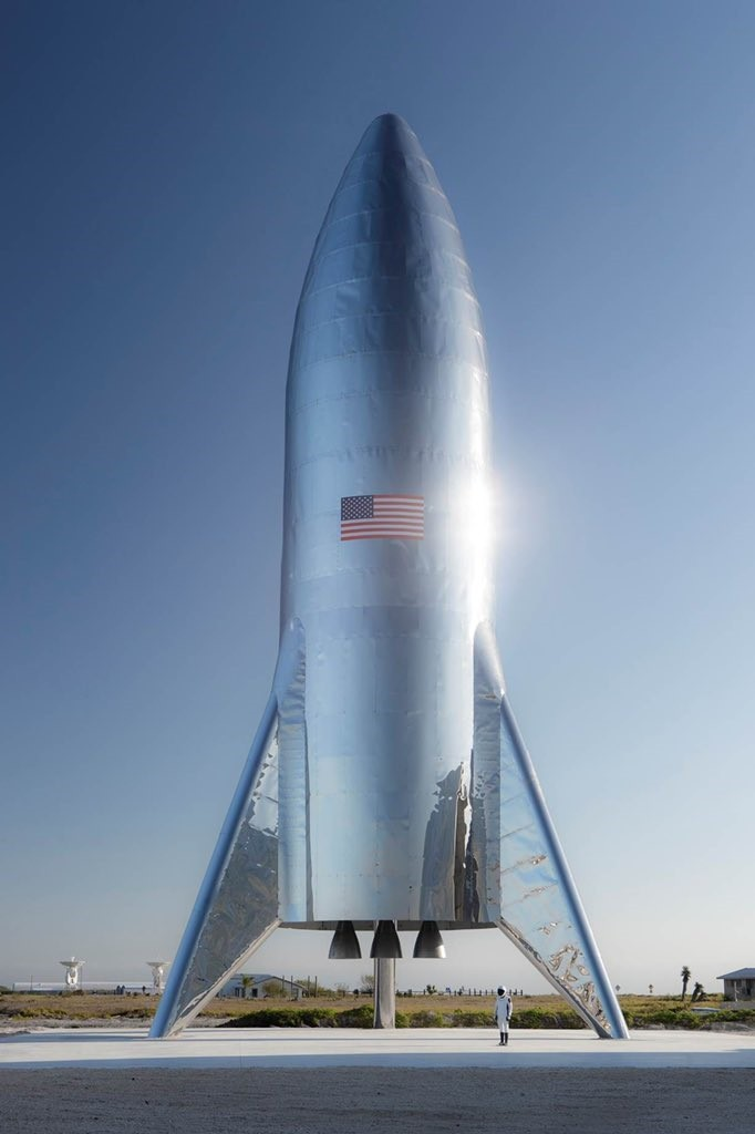 Foguete Starship, em imagem publicada por Elon Musk no Twitter (Foto: Reprodução/Twitter )
