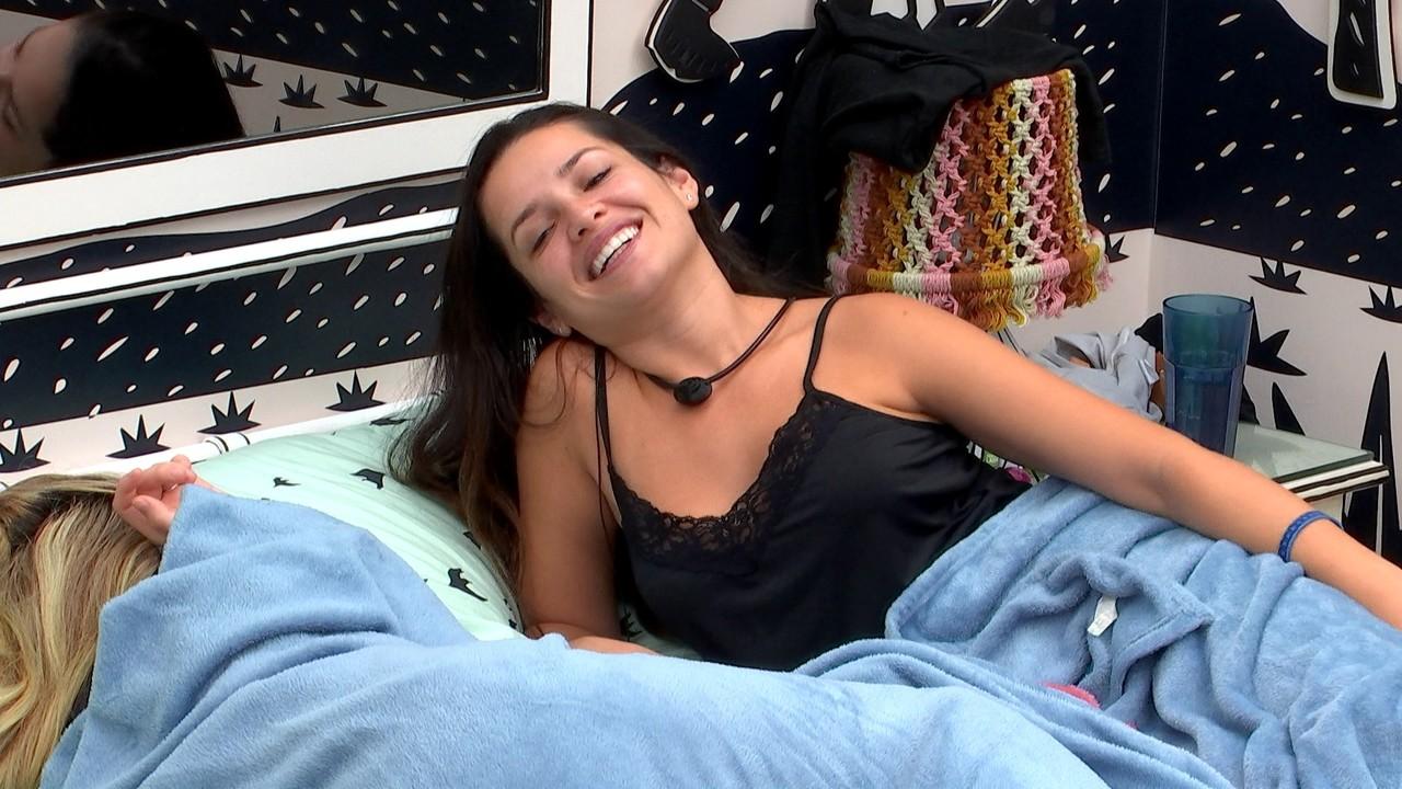 Juliette questiona Karol Conká sobre brother´do BBB21: ´Vai encontrar Arcrebiano lá fora?