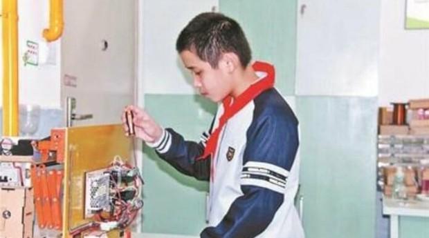 """Lu Jiezhen tomou bronca da mãe e criou """"varal do futuro"""" (Foto: Divulgação)"""