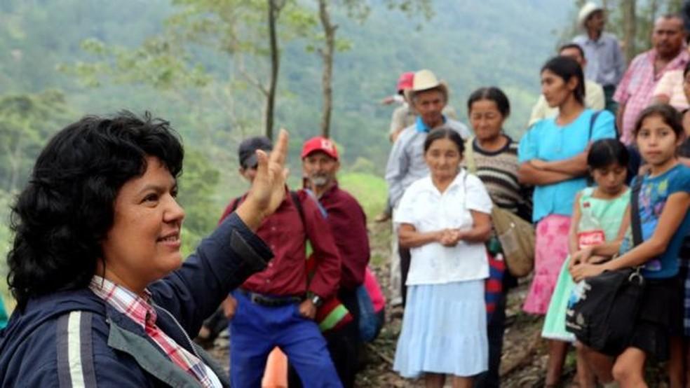 erta Cáceres, a mãe, lutava contra construção de represa e acabou assassinada; ela havia sido agraciada pelo Prêmio Goldman de Meio Ambiente (Foto: Goldman Environmental Prize)