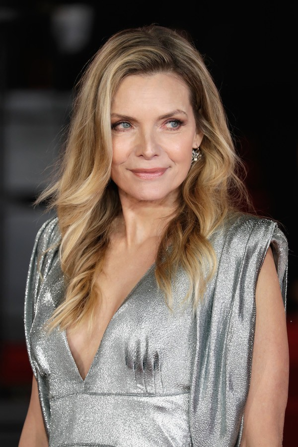 A atriz Michelle Pfeiffer na festa de lançamento do filme Assassinato no Expresso do Oriente (2017) (Foto: Getty Images)