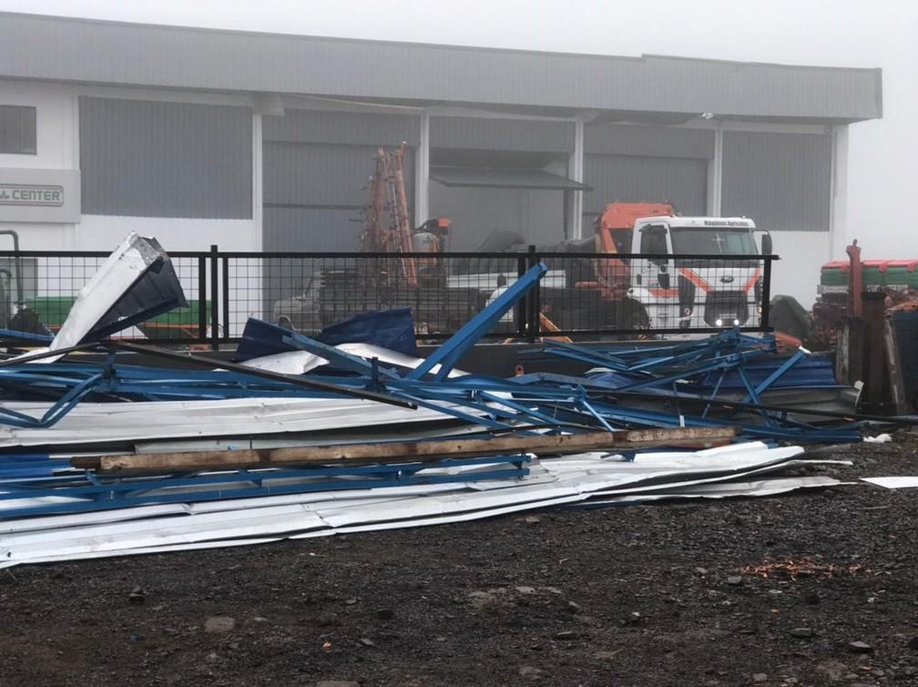 Campos Novos após tornado que atingiu a cidade  — Foto: Eduarda Demeneck/ NSC TV