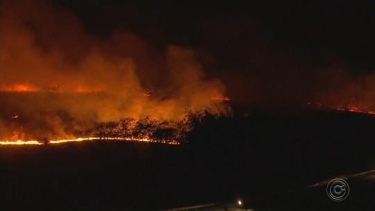 Incêndio de grandes proporções atinge Araçatuba