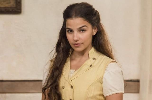 Gabriela Medvedovski é Pilar em 'Nos tempos do Imperador' (Foto: TV Globo)
