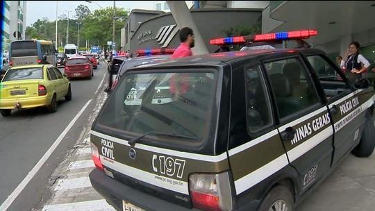 Policiais trocam tiros em estacionamento de Juiz de Fora